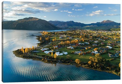 Wanaka and Lake Wanaka in autumn, Otago, South Island, New Zealand Canvas Art Print