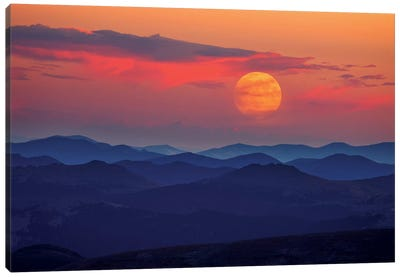 Supermoon At Sunrise Canvas Print #DWP6