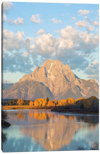 USA, Wyoming, Grand Teton National Park, Mt. Moran along the Snake River in autumn II Canvas Art Print