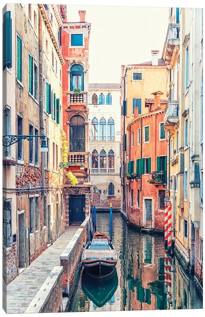 Canal In Venice Canvas Art Print