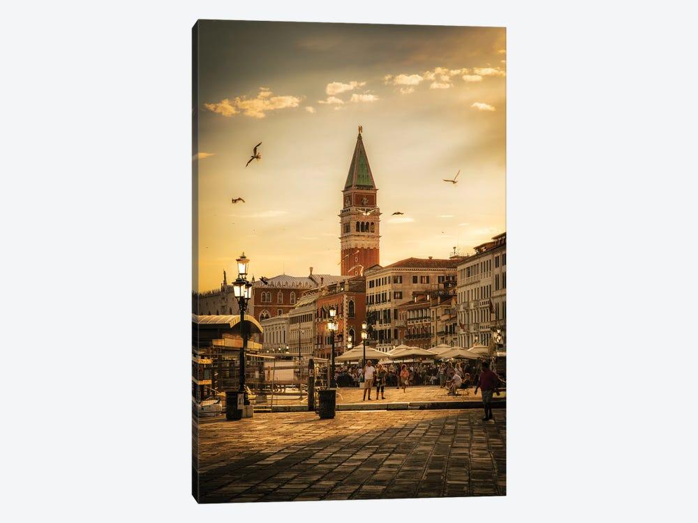 Venice by Enzo Romano 1-piece Canvas Art