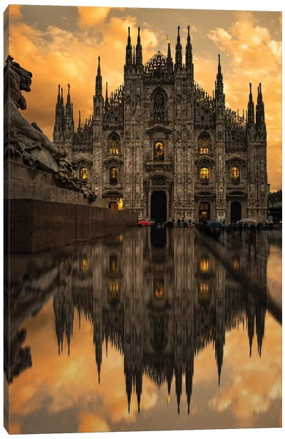 Milano II Canvas Art Print