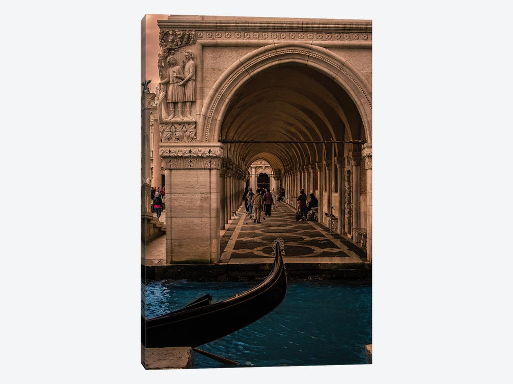 Palazzo Ducale (Doge's Palace), Venezia by Enzo Romano 1-piece Canvas Wall Art
