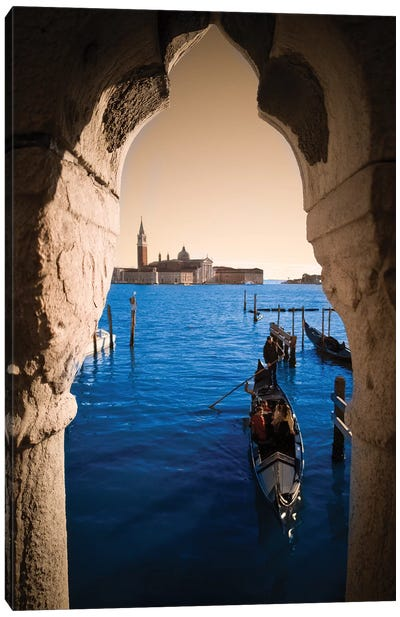 Frames Venezia Canvas Art Print