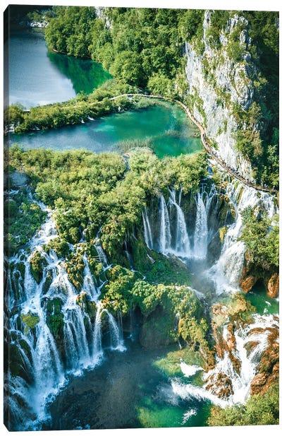 1000 Waterfalls Canvas Art Print