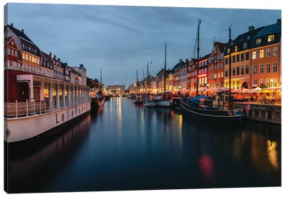 Nightly Harbour Canvas Art Print
