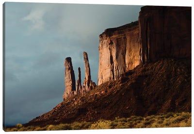 USA, Arizona- Utah, Goulding's, Navajo Tribal Park, Monument Valley, Three Sisters and Mitchell Mesa Canvas Art Print