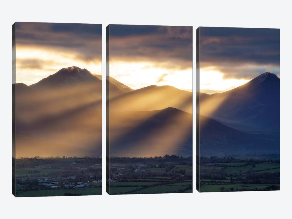 Crepuscular Rays, Macgillycuddy's Reeks, County Kerry, Munster Province, Republic Of Ireland by Gareth McCormack 3-piece Art Print