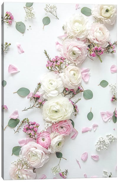 Spring Bouquet III Green Canvas Art Print