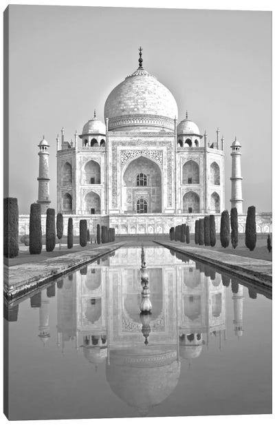 Taj Mahal II Canvas Art Print