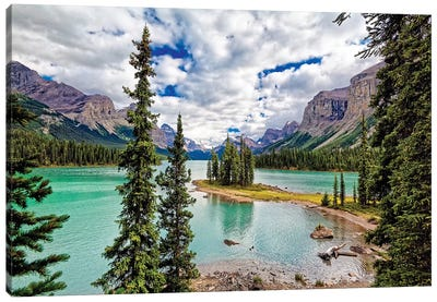 Spirit Island View, Maligne Lake, Alberta, Canada Canvas Art Print