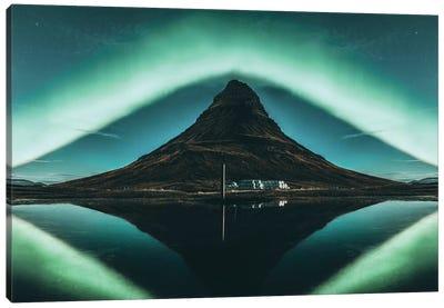 Kirkjufell, Iceland Canvas Art Print