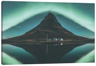 Kirkjufell, Iceland I Canvas Art Print