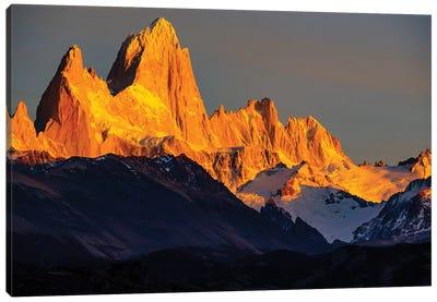 Argentina, Patagonia. El Chalten, Fitz Roy Canvas Art Print