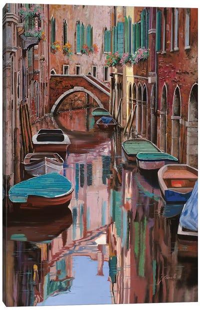 Venezia A Colori Canvas Art Print