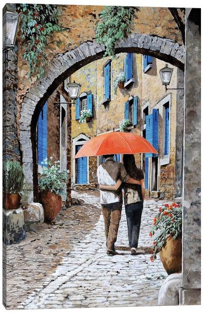 Abbracciati Sotto L'Arco Canvas Art Print