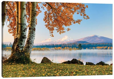 USA, Oregon, Bend, Fall at Black Butte Ranch in Central Oregon II Canvas Art Print