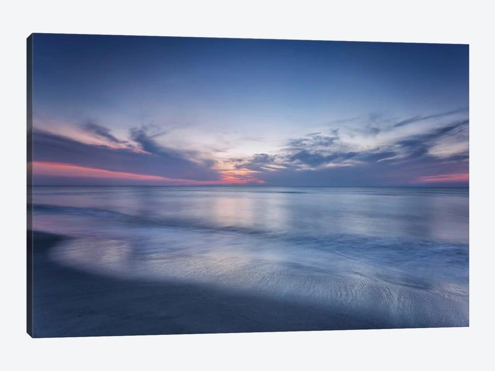 Atlantic Sunrise VII by Robert J. Amoruso 1-piece Canvas Wall Art