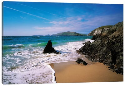 Dingle Peninsula, Slea Head,Coumenoole Beach, Blasket Islands Background,Co Kerry,Ireland. Canvas Art Print