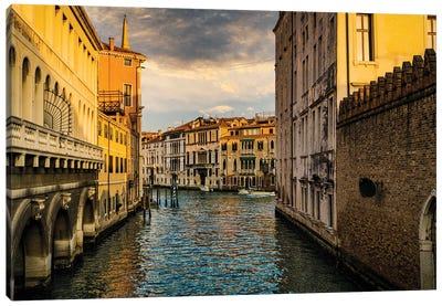 A City Of Water Canvas Art Print