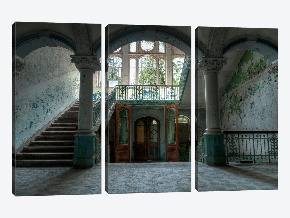 Beelitz Sanatorium by Ivo Sneeuw 3-piece Canvas Artwork