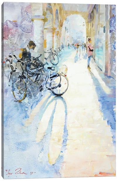 Light Und Shadows In The City Canvas Art Print