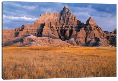 USA, South Dakota, Badlands National Park, Storm clouds over Vampire Peak Canvas Art Print