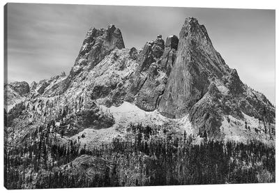 USA, Washington State. Okanogan National Forest, North Cascades, Liberty Bell and Early Winters Spires. Canvas Art Print