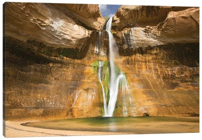 Lower Calf Creek Falls, Grand Staircase-Escalante National Monument, Utah, USA Canvas Art Print