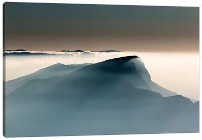 Voile Alpin Canvas Art Print