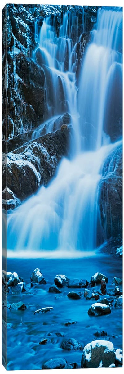 Vertical Water III Canvas Art Print