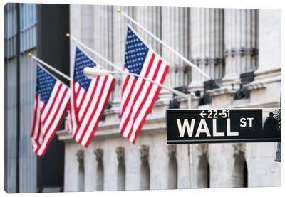 New York Stock Exchange At Wall Street, Lower Manhattan, New York City, Usa Canvas Art Print