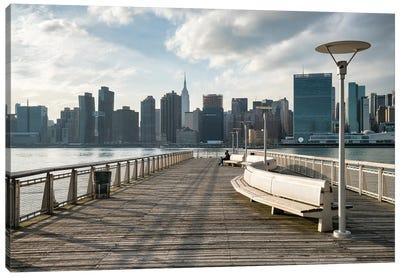 Gantry Plaza State Park, Queens, New York City, Usa Canvas Art Print