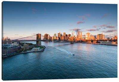 Brooklyn Bridge And Lower Manhattan Skyline At Sunrise Canvas Art Print