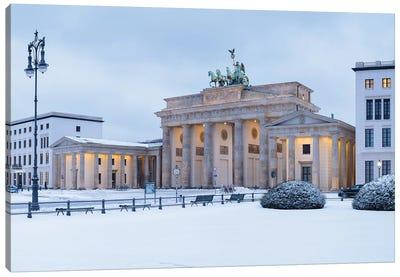 Brandenburg Gate (Brandenburger Tor) Covered In Snow, Berlin, Germany Canvas Art Print