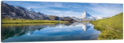 Panoramic View Of The Stellisee And Matterhorn In Switzerland Canvas Art Print
