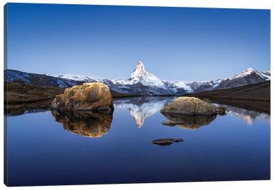 Matterhorn And Stellisee In Winter Canvas Art Print