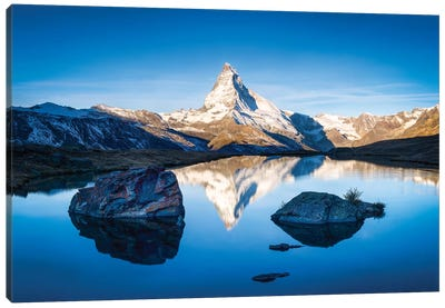 Sunrise At The Stellisee With Matterhorn In The Background Canvas Art Print