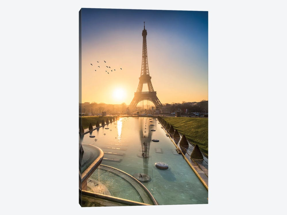 Eiffel Tower At Sunrise by Jan Becke 1-piece Canvas Art