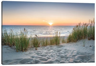 Beautiful Sunset At The Beach Canvas Art Print
