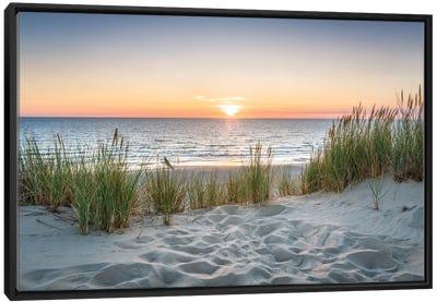 Beautiful Sunset At The Beach Canvas Art Print
