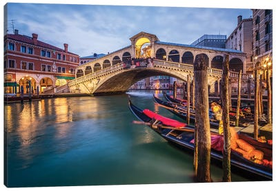 Rialto Bridge Canvas Art Print