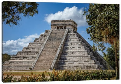 Chichén Itzá Canvas Art Print