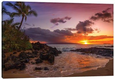 Sunset At Secret Beach Canvas Art Print