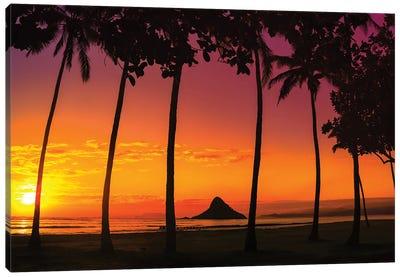 Chinaman's Hat Sunset In Oahu Canvas Art Print