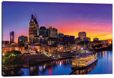 Cruising Nashville Canvas Art Print