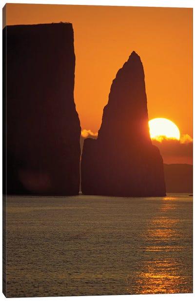 Kicker Rock (Leon Dormido) At Sunset, San Cristobal Island, Galapagos Islands, Ecuador Canvas Art Print