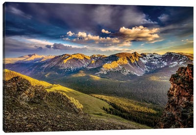 USA, Colorado, Rocky Mountain National Park. Mountain and valley landscape at sunset. Canvas Art Print