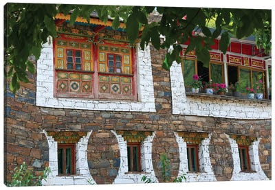 Old house in Zhuokeji Headman's Village, Ngawa Tibetan and Qiang Autonomous Prefecture, China Canvas Art Print