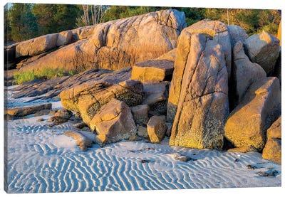 Lighthouse Beach, Annisquam, Gloucester, Massachusetts, USA. Canvas Art Print